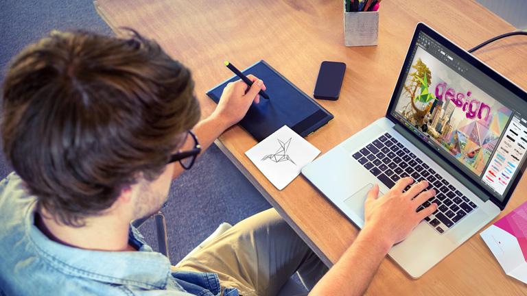 header mobile 768 foto grafik designer 11 int